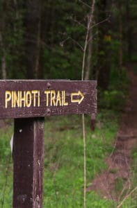 pinhoti trailhead sign