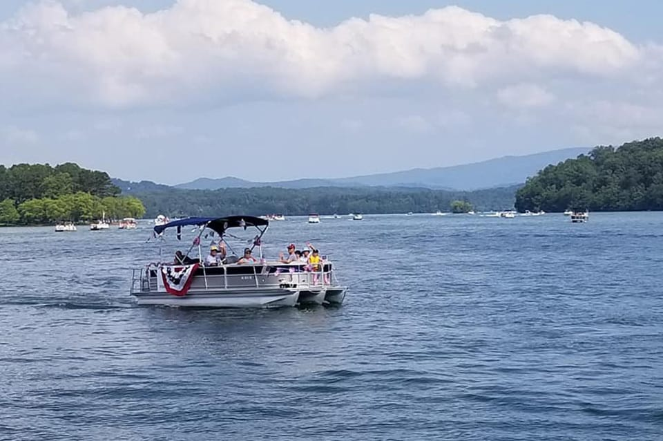 pontoon boat on Lake Chatuge, Hiawassee
