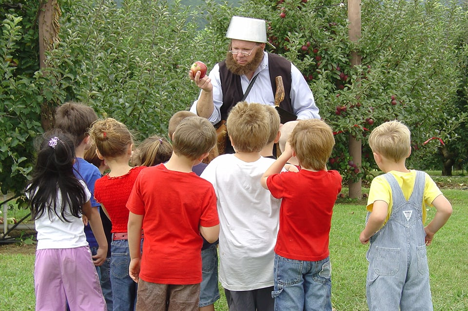 Georgia Mountain Parkway - School children learn about Johnny Appleseed at the Georgia Mountain Research and Education Center in Blairsville, Georgia