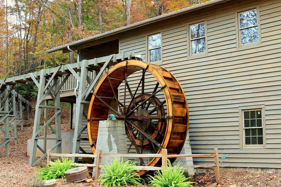 Georgia Mountain Parkway - The historic gristmill at Meeks Park in Blairsville, Georgia was recently restored to working condition